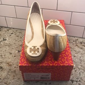 Tory Burch Sally Raffia Straw Wedge